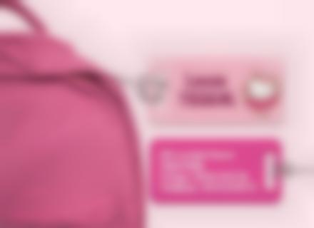 Une étiquette de bagage Hello Kitty pour identifier sacs et valises