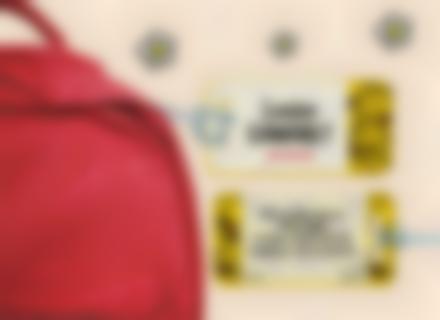 Une étiquette Monsieur Madame pour identifier sacs et valises